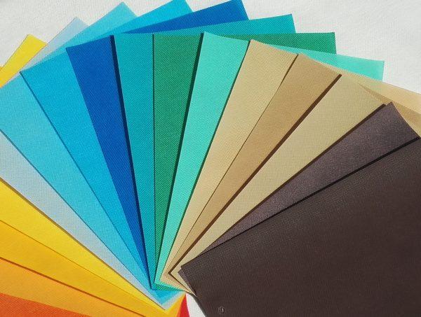 farby netkanej textílie